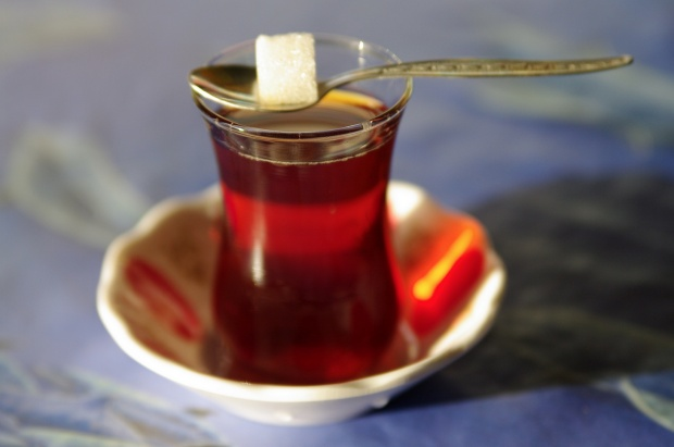 اضغط على الصورة لعرض أكبر.  الإسم:الشاي-التركي.jpg مشاهدات:519 الحجم:46.9 كيلوبايت الهوية:33902